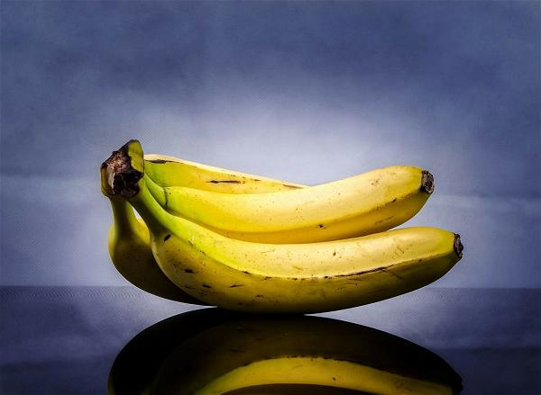 banana-benefits-1230x900-zenmoon